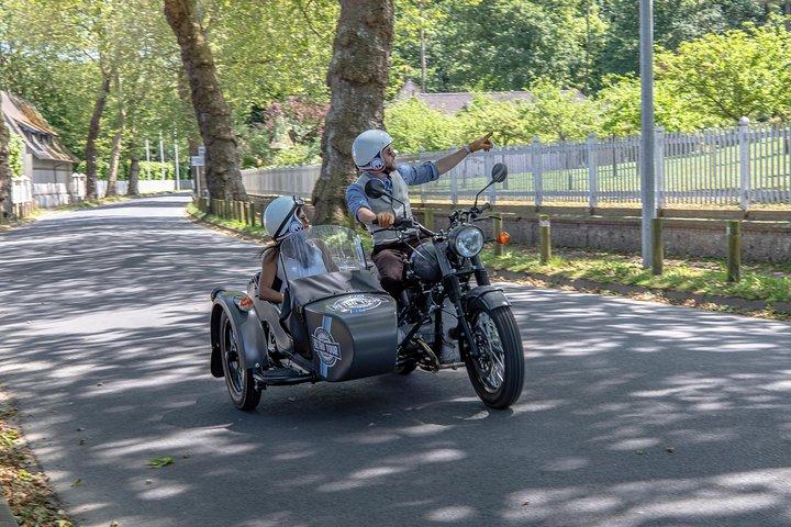 Half Day tour in Vintage Sidecar Motorcycle : Best Visit of Flower Coast (3h), El Havre, França