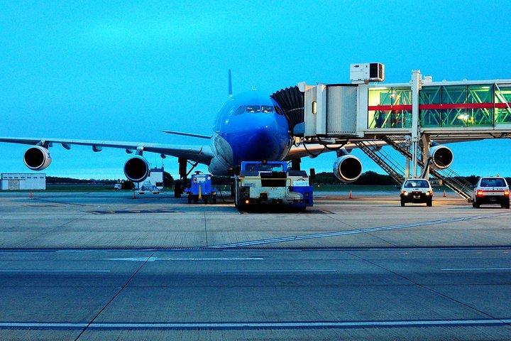 Transferencia al aeropuerto de Buenos Aires (EZE) con un conductor que habla inglés, Buenos Aires, ARGENTINA