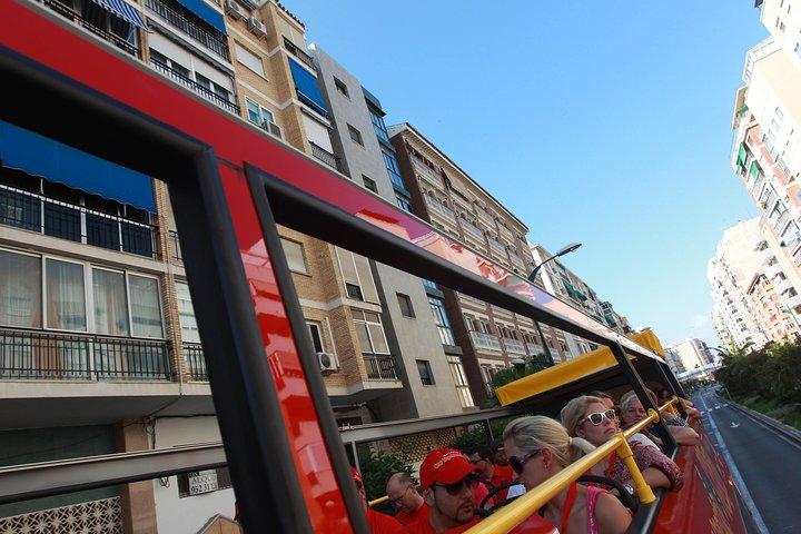 San Antonio superahorro: autobús con paradas libres, Torre de las Américas, entrada al museo, y mucho más, San Antonio, TX, ESTADOS UNIDOS