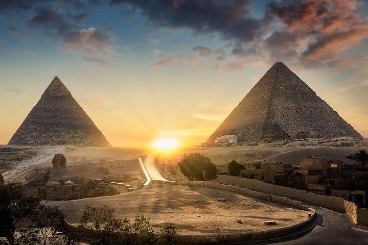 Eco Day to the Pyramids of Giza, Sakkara, Dahshur, camel ride , Lunch, El Cairo, EGIPTO
