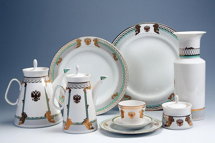 The Imperial Porcelain Factory tour with a master-class, San Petersburgo, RÚSSIA