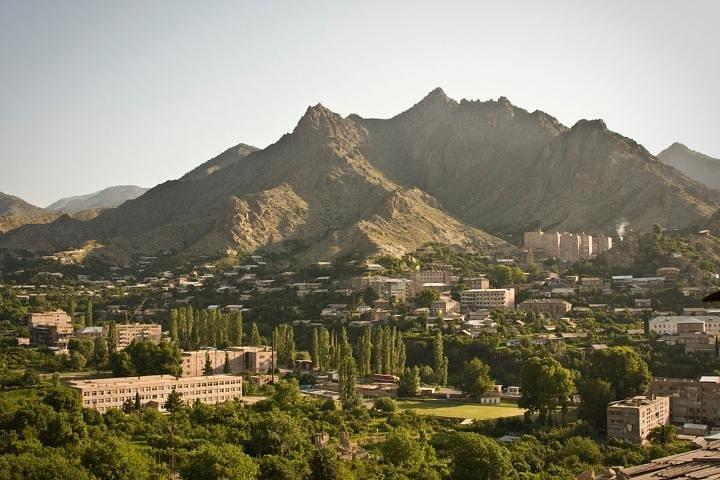 Meghri transfer to/ from Yerevan, Erevan, Armênia