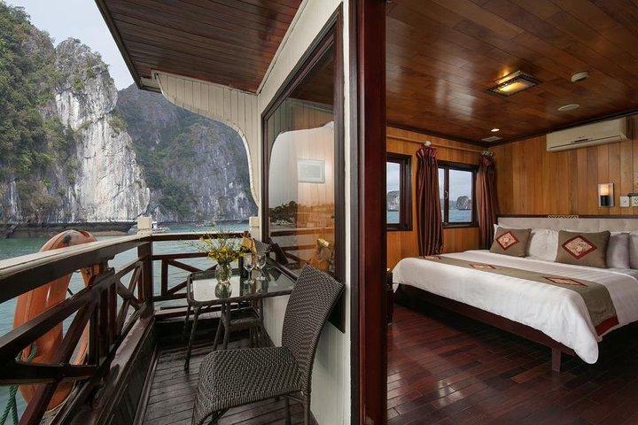 2-Day Spectacular Halong Bay Cruise from Hanoi, Halong Bay, VIETNAM