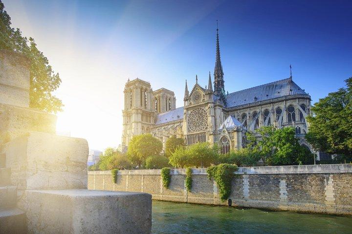 Eiffel Tower Skip-the-Line Access Summit Option Seine River Cruise & Paris Tour, Paris, França