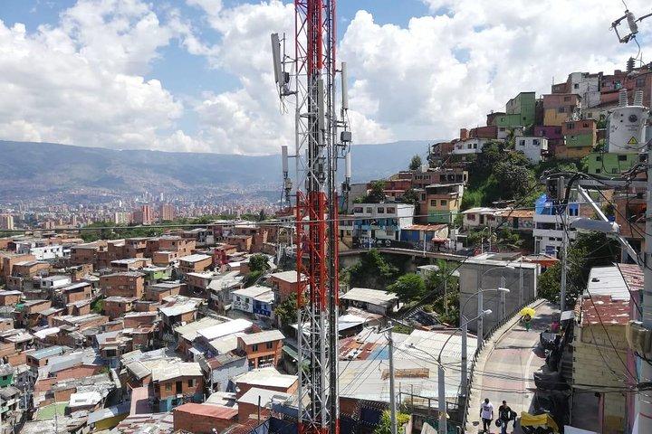 Tour privado comuna 13, Medellin, COLOMBIA