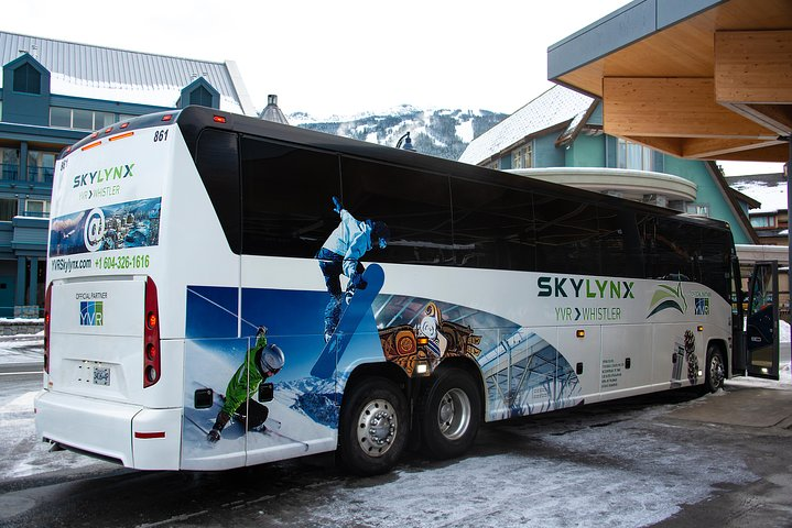 Vancouver City Centre to Whistler or Squamish by Bus (Round trip), Vancouver, CANADA