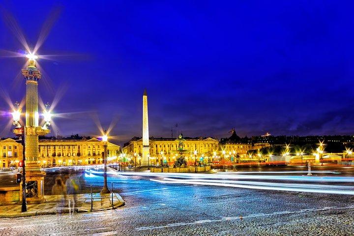 Paris by Night Illuminations Tour & Moulin Rouge Show, Paris, FRANCE