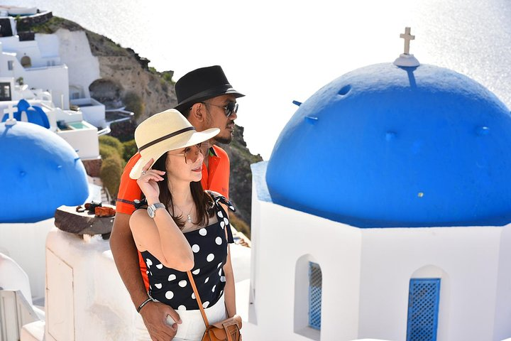 Santorini Private Group Tour up to 7 guests for 6 hours, Ios, Grécia