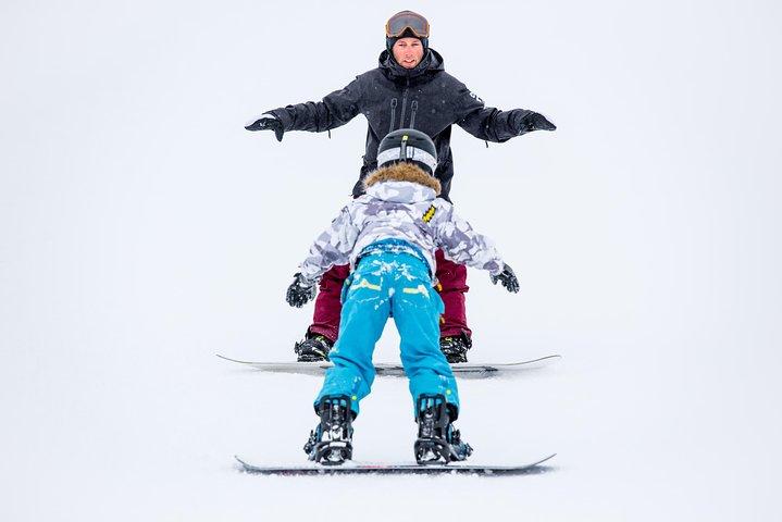2 hour Private Ski or Snowboard Morning Promo Lesson, Ginebra, Suíça