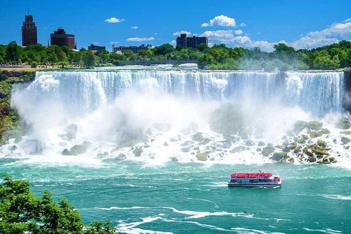 Small-Group Niagara Falls Tour, Toronto, CANADA