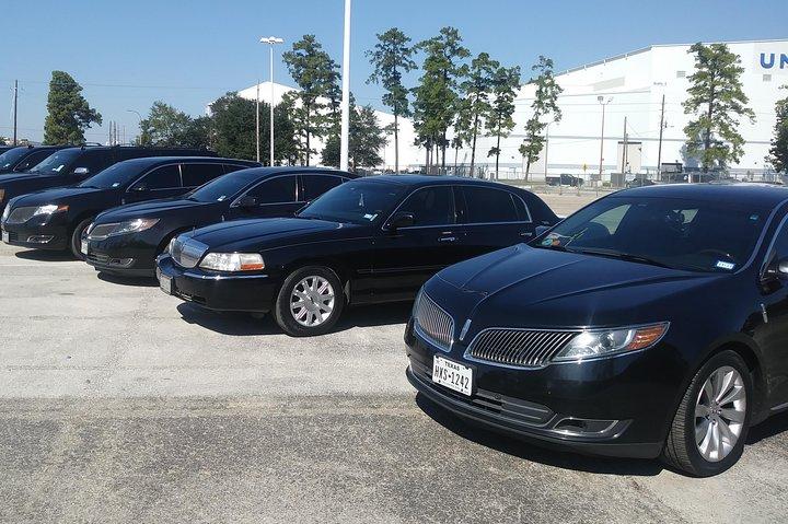 Professional Black Car Service IAH Airport to Downtown Houston,Airport Transfers, Houston, TX, ESTADOS UNIDOS