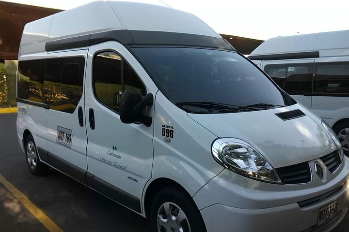 Luxury transportation from the Airport to the Hotel or Hotel to the Airport, Cartagena de Indias, COLOMBIA