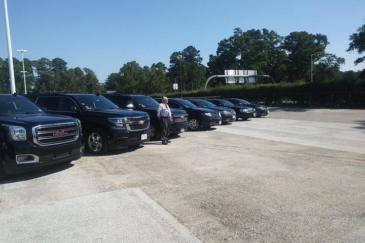 Professional Black Car service from Airport to Galleria,Black SUV to Galleria, Houston, TX, ESTADOS UNIDOS
