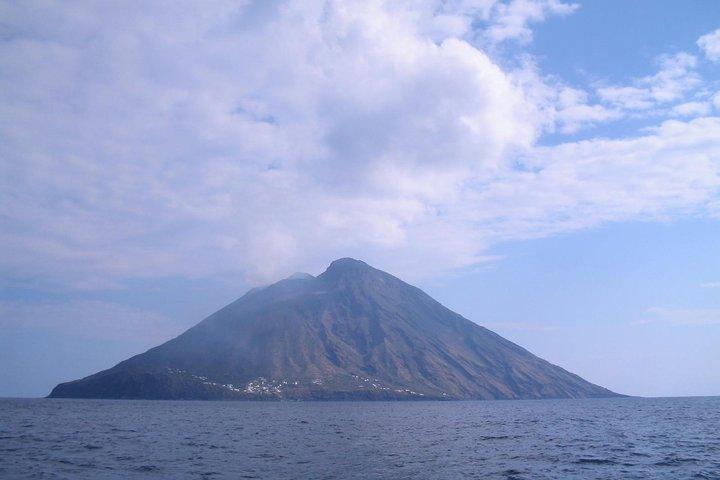 7-Day Sailing and Trekking in the Aeolian Islands, Tropea, ITALIA
