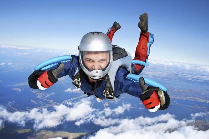 Paracaidismo - Parachuting - Skydiving, Baños, ECUADOR