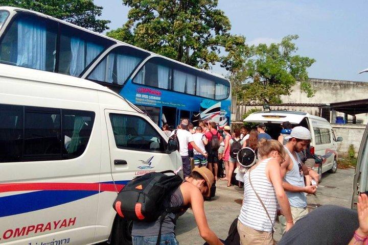 Koh Tao to Phuket by Lomprayah High Speed Catamaran and Coach, Ko Tao, Tailândia