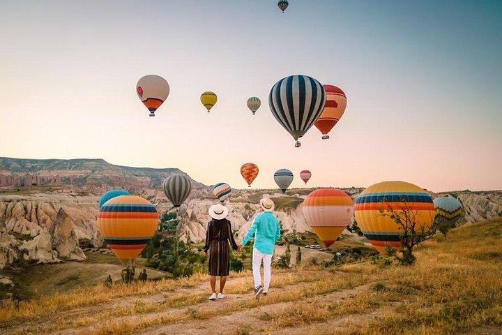 Cappadocia Balloon Ride with Breakfast and Champagne, Urgup, TURQUIA