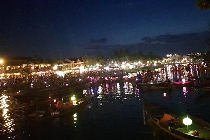 Hoi An Walking Tour with Night Market, Sampan Boat ride from Da Nang or Hoi An, Da Nang, VIETNAM