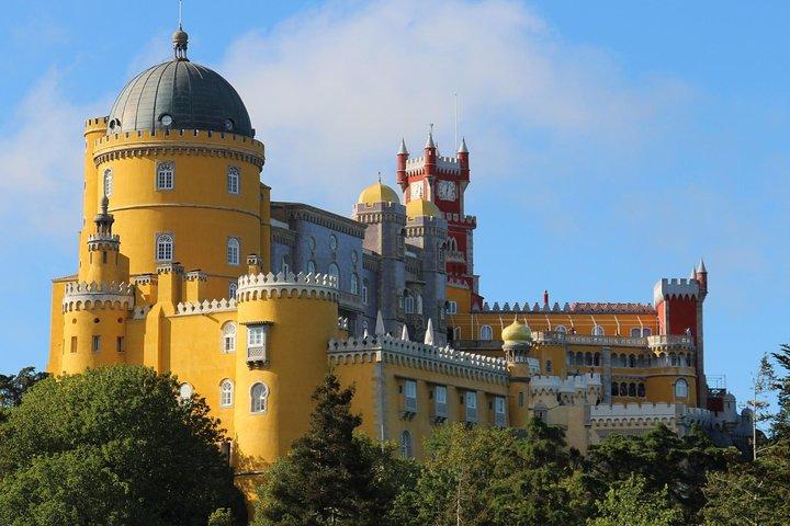 Sintra, Cabo da Roca & Cascais 4x4 Tour, ,