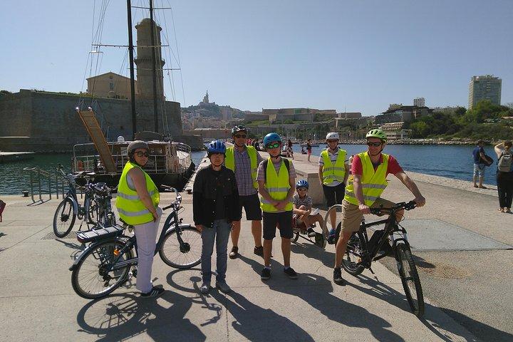 Marseille Smalll Group Electric Bike Tour, Marsella, FRANCIA