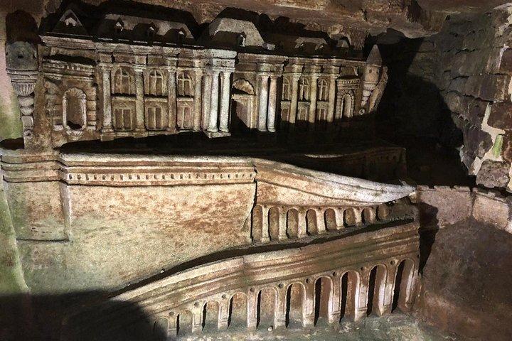 Paris Catacombs Skip The Line Walking Guided Tour, Paris, FRANCE