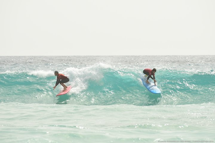 Beginner surf course, 3 days in small groups of max 4 people, Fuerteventura, Spain