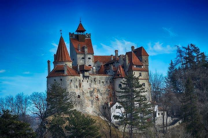Recorrido por el castillo de Bran, Brasov, RUMANIA