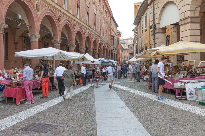 Private Local Tour Guide Bologna: Kickstart your Trip, 100% Personalized, Bolonia, ITALY