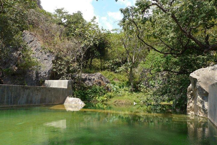 Mountain Safari private tour - Darbat valley, Samhan mountains,sinkholes,baobabs, Salalah, OMAN