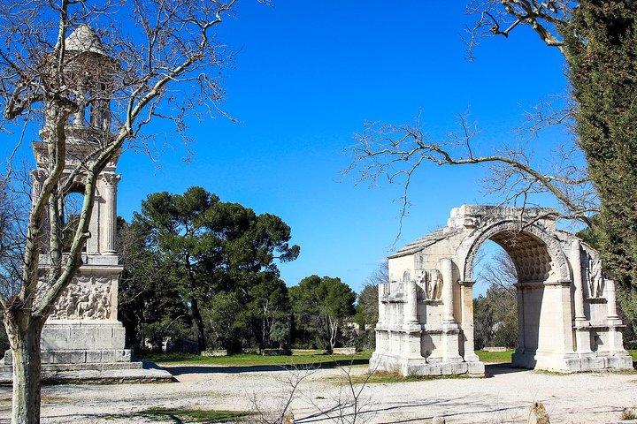 The Medieval villages of Les Baux de Provence & St Rémy de Provence private tour, Avignon, FRANCIA