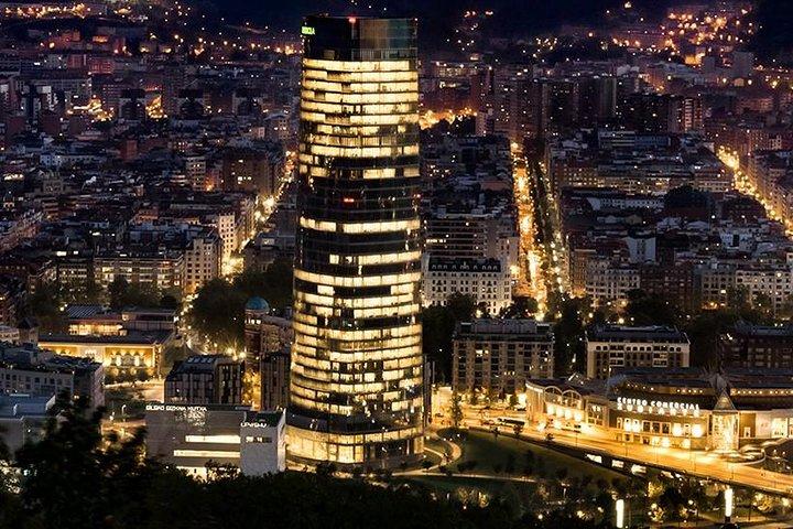Bilbao Night Lights Tour, Bilbao, ESPAÑA