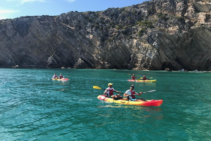 Lisbon Kayak tour to Arrábida beaches - All inclusive, Lisboa, PORTUGAL