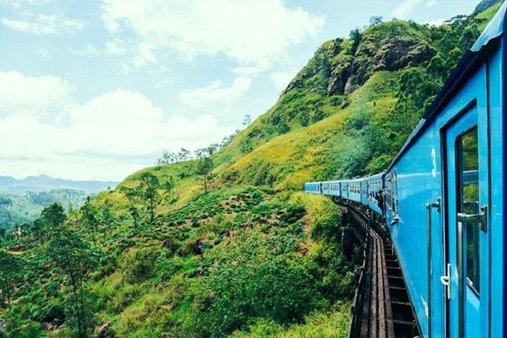 Train Tickets from Nanu Oya to Ella, Nuwara Eliya, Sri Lanka