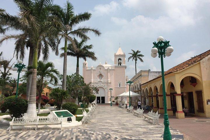 Tlacotalpan World Heritage Site and Alvarado Day Trip, Veracruz, MEXICO