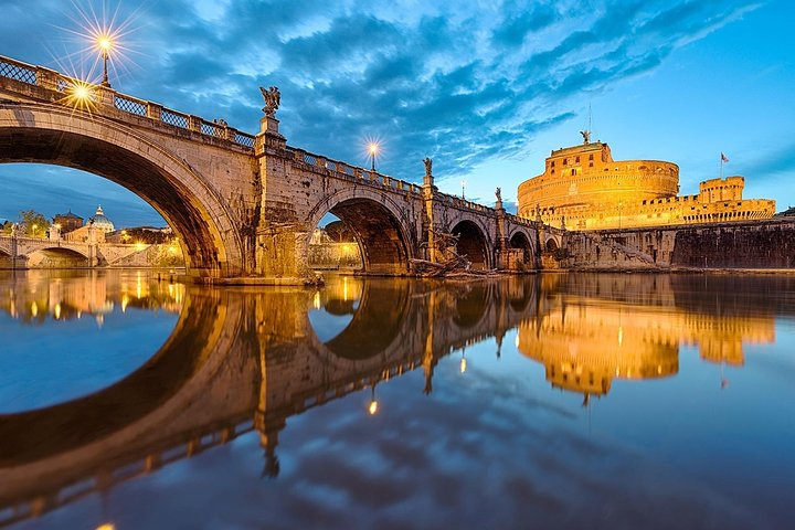Private Airport Transfer Rome Airport (FCO) to Rome city center - Minivan, Rome, ITALY