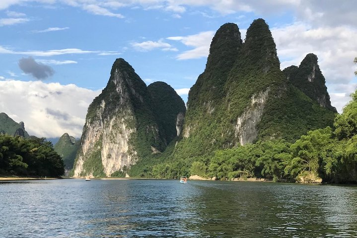 Li River Hiking & Yang Shuo Country Two-days Tour, Guilin, CHINA