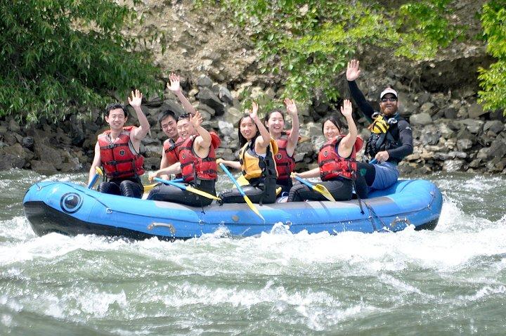 Wenatchee River Class 2 River Rafting and Adventuring, Chelan, WA, ESTADOS UNIDOS