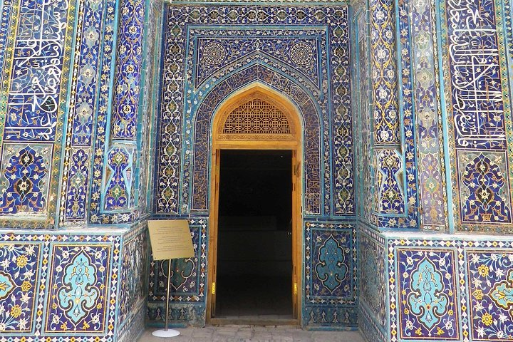 The Golden City of Samarkand Walking Audio Tour by VoiceMap, Samarcanda, UZBEKISTAN