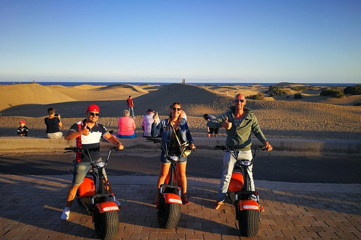 E-Scooter Chopper Rental : Exploring Maspalomas, Playa Ingles and Meloneras, Gran Canaria, ESPAÑA