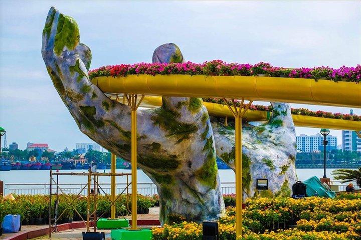 Golden Bridge & Ba Na Hills Full Day Small Group From Hoi An City, Hoi An, VIETNAM