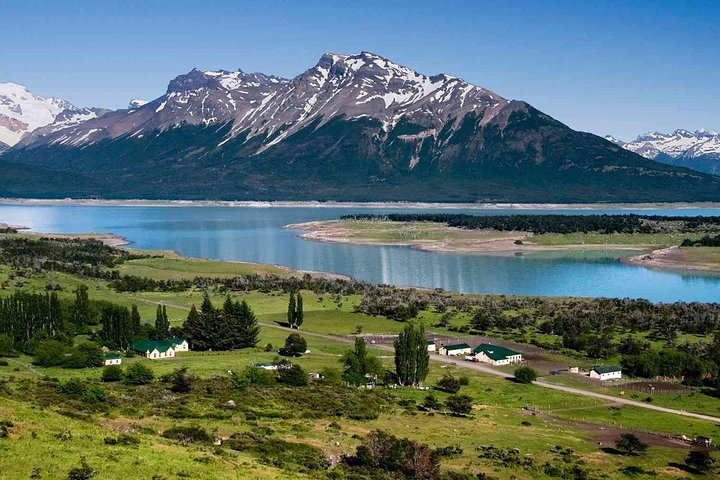 Estancia Nibepo Aike with Lunch or Dinner, El Calafate, ARGENTINA