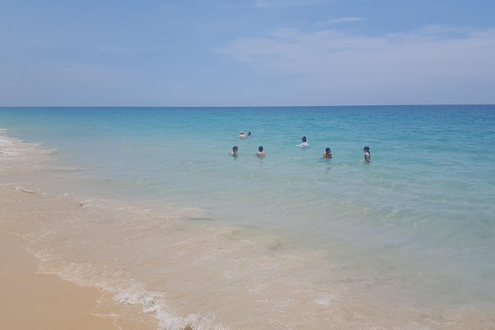 Shoreline Cruise and Secluded Beach, ,