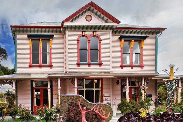 Akaroa Shore Excursion: Akaroa Harbour and Giants House Local Tour, Akaroa, NUEVA ZELANDIA