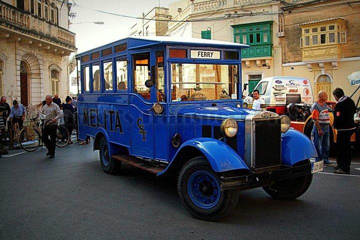 Vittoriosa, Cospicua and Senglea Vintage Bus Tour, ,
