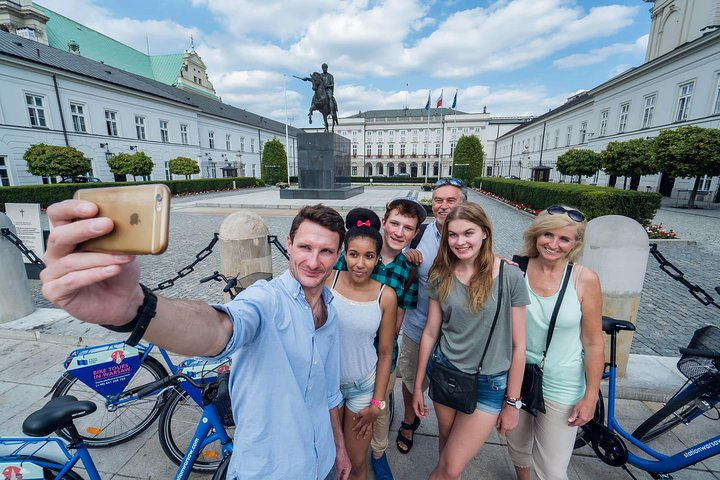 Half-Day Warsaw City Sightseeing Bike Tour for Small Group, Varsovia, POLONIA