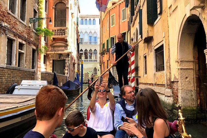 Morning Walking Tour of Venice Plus Gondola Ride, Venice, ITALY