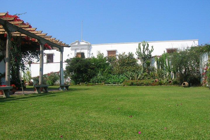 Half Day City Tour and Larco Herrera Museum, Lima, PERU