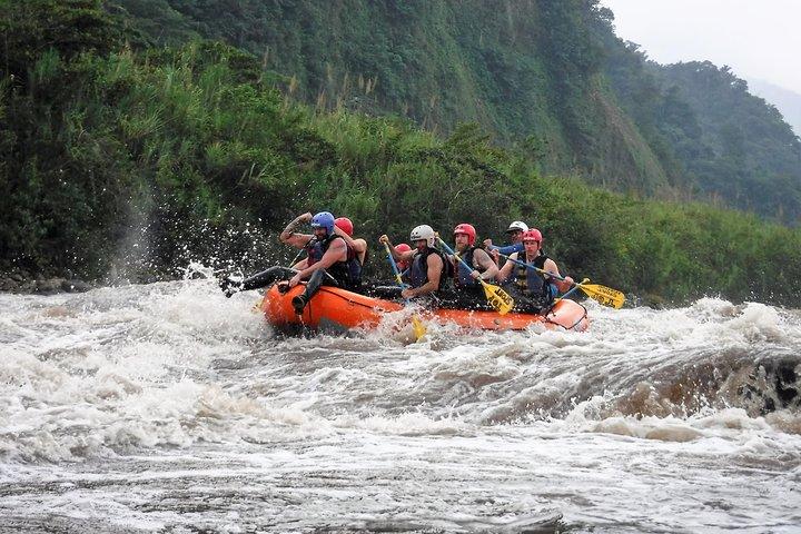 Adventure and Fun River Rafting in Baños Ecuador, Baños, ECUADOR