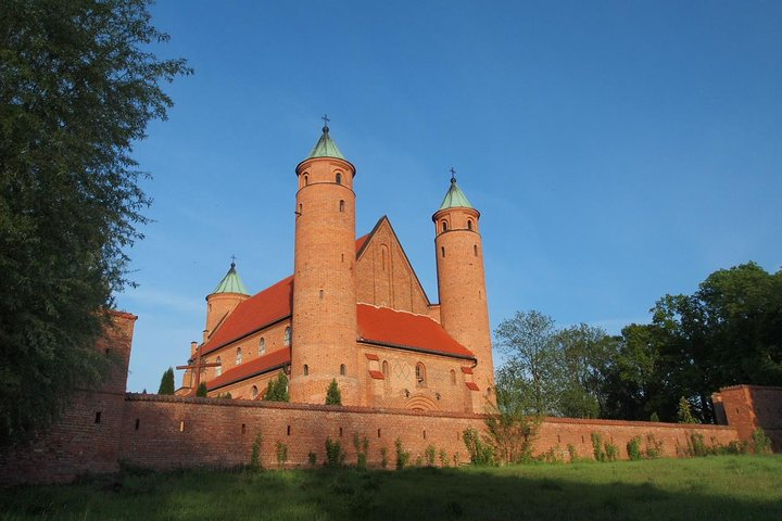 Frederic Chopin and Masovian Country Small Group Tour from Lodz with Lunch, Lodz, POLONIA