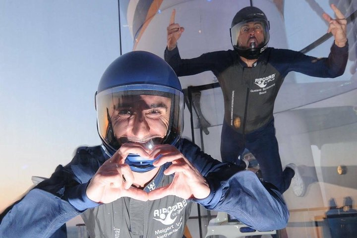 Fort Lauderdale Indoor Skydiving with 2 Flights & Personalized Certificate, Fort Lauderdale, FL, ESTADOS UNIDOS